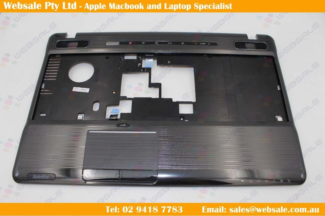 "TOSHIBA Satellite P775 17.3/"" Laptop PALMREST with Touchpad"